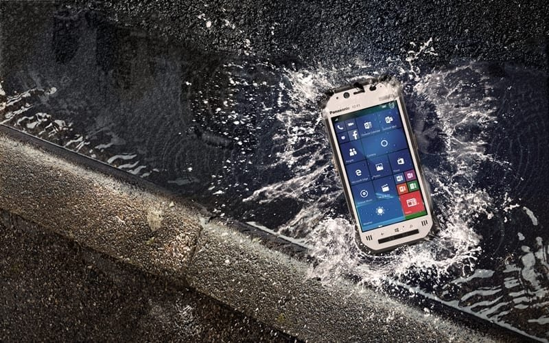 Panasonic Toughpad FZ-F1 dropped in water