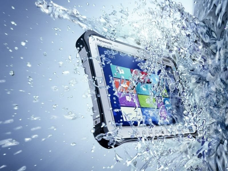FZ-G1 Tablet in wet computing conditions